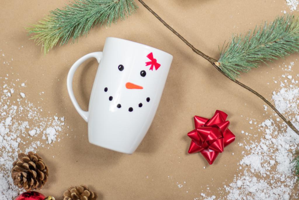 Make Diy Sippin Snowmen Mugs Giggle Magazine